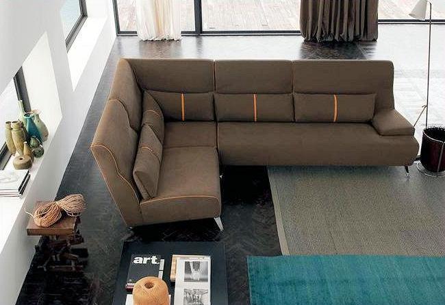 divano Mokambo